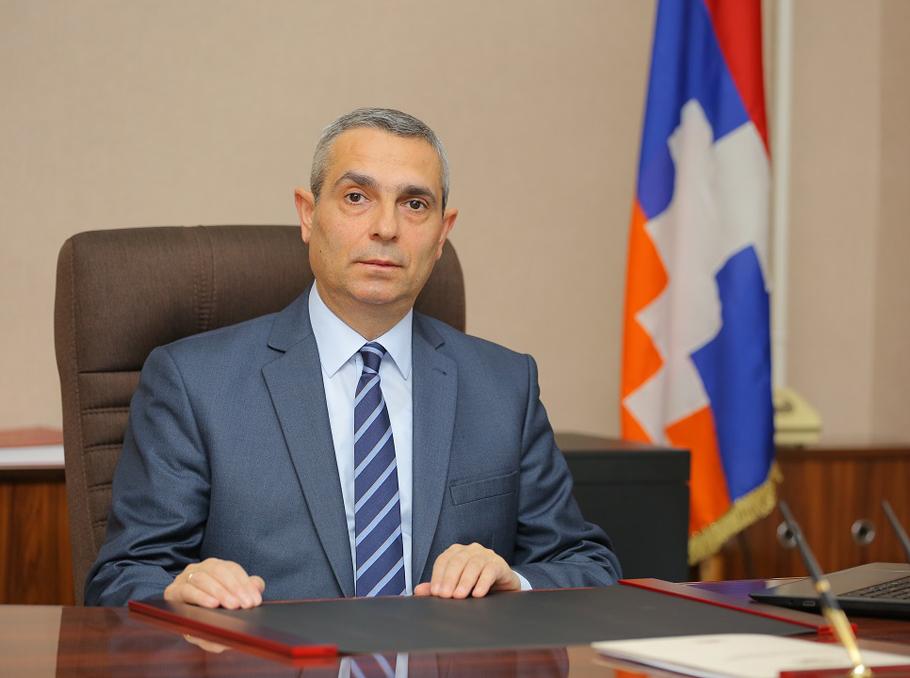 Մասիս Մայիլյանը