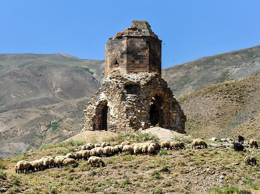 Մշո Առաքելոց վանքը