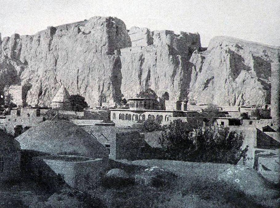 Վանի Քաղաքամեջ թաղամասը մինչև 1915 թ.